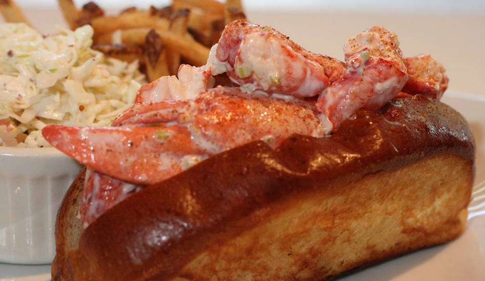 Lobster Roll Connecticut Style Lobster House